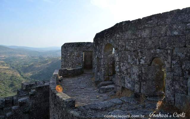Aldeia Histórica de Sortelha - As Muralhas do Castelo.