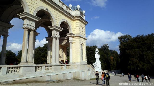 O Gloriette em Schönbrunn.