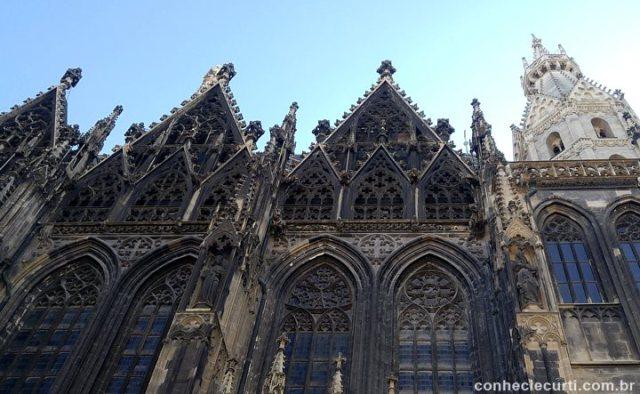 Catedral de São Estevão ( (Stephansdom) em Viena.