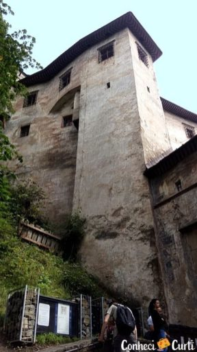 O Castelo de Orava, vista externa. Eslováquia.