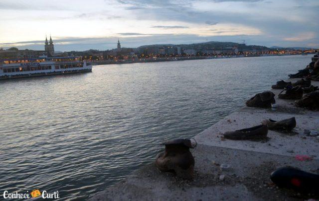 Sapatos à Beira do Danúbio, Budapeste