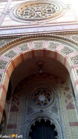 Detalhe da Sinagoga de Budapeste.