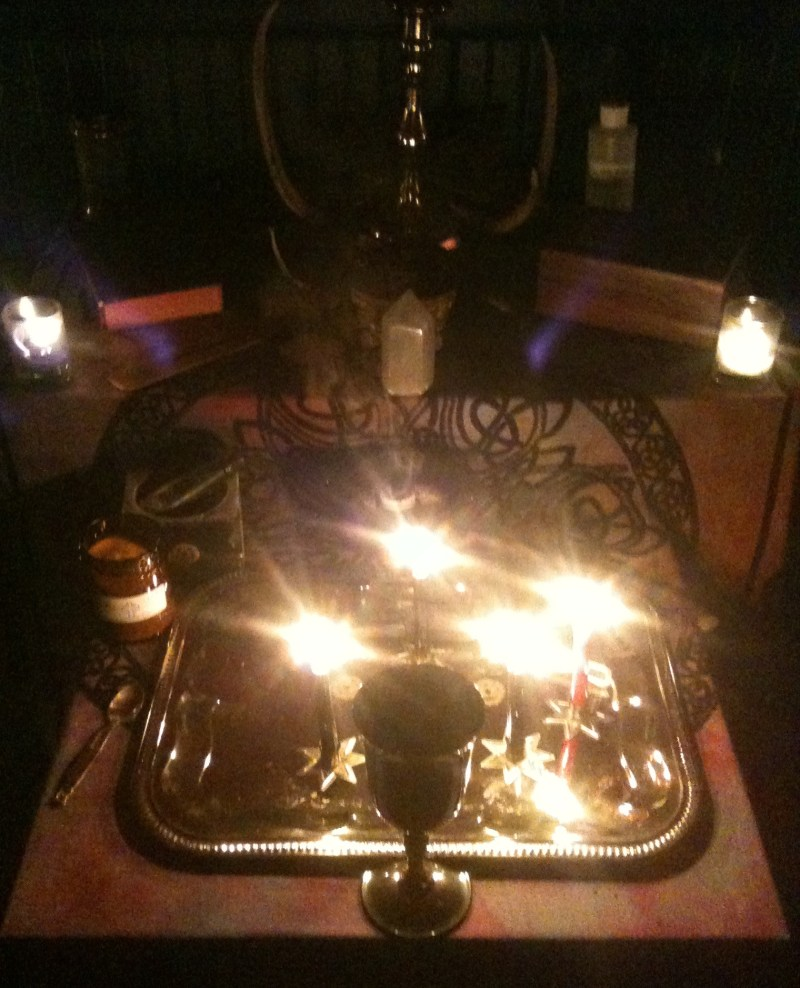 A Closer Look, Photos, Conjure Work, conjurework.com sorcery, Hoodoo, witchcraft, Golden Dawn supplies, small spells