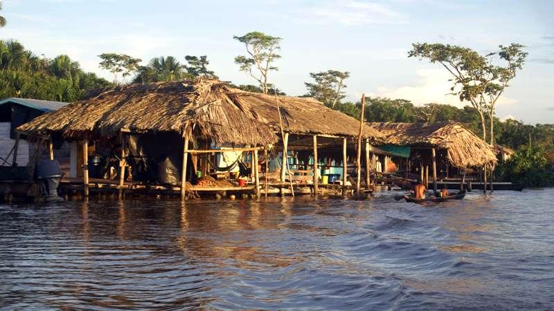 Palafitos en el Delta Amacuro - Foto: Antonio Diaz