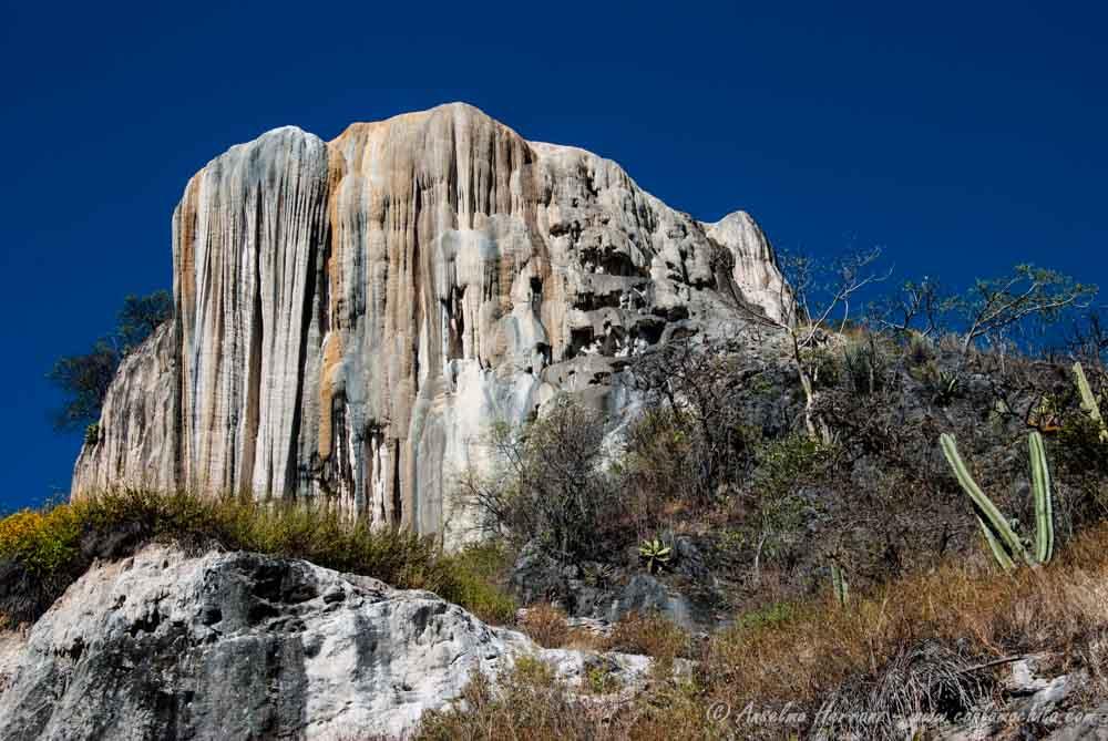 Cascada De Sal - Hierve El Agua - Oaxaca; México