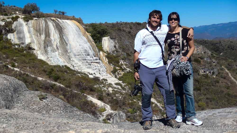 Posando en Hierve el Agua - Oaxaca; México