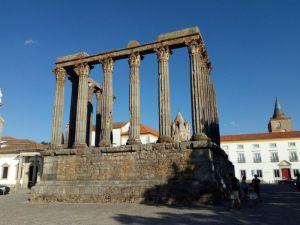 Templo romano de Évora - Templo de Diana - Evora - Portugal
