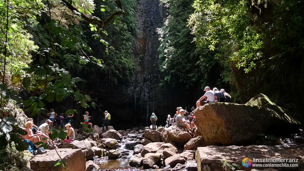 Cascada de las 25 Fontes - Madeira