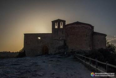 Contraluz Ermita de San Frutos - Hoces del Duratón - Segovia