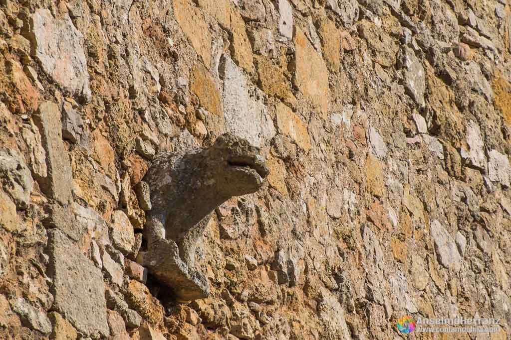 Gárgola de la iglesia de Calatañazor - Soria