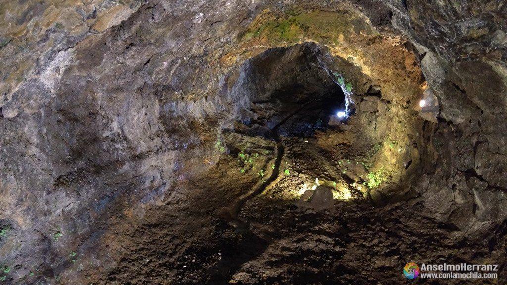 Tubos de lava - Cueva de São Vicente - Madeira