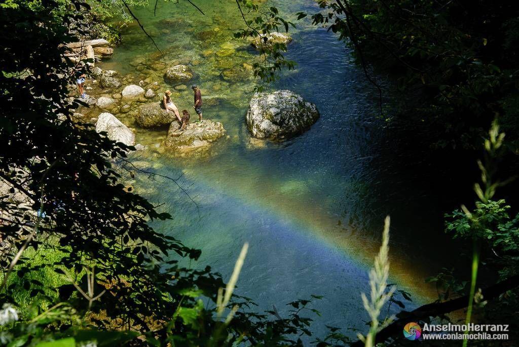 Arco iris en la Cascada Šum - Vintgar Gorge - Eslovenia