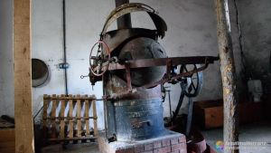 Tostadora de Cacao - Fábrica de chocolate de Miguelañez - Segovia