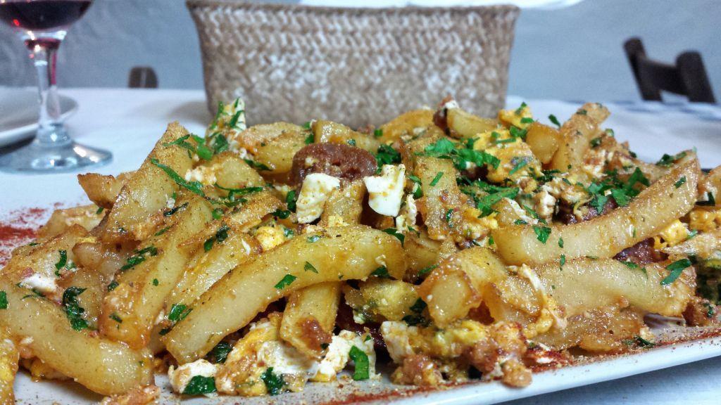 Comida de un guachinche - La Orotava - Tenerife