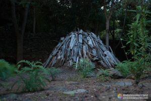 Carbonera típica en el jardín botánico del Drago Milenario - Icod de los Vinos - Tenerife