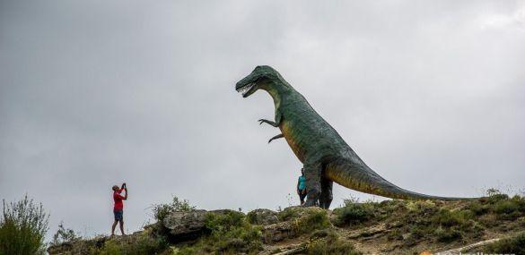 Visitando los dinosaurios de Enciso – Valle del Cidacos – La Rioja
