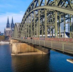 Puente Hohenzollern, el puente de los candados de Colonia – Alemania