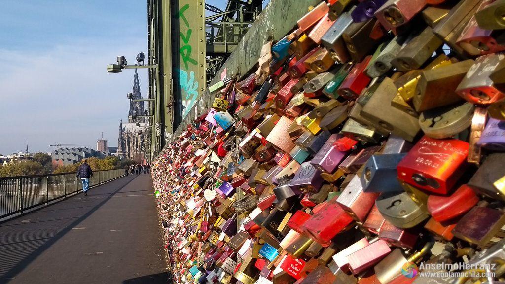 Candados del puente Hohenzollern - Colonia - Alemania