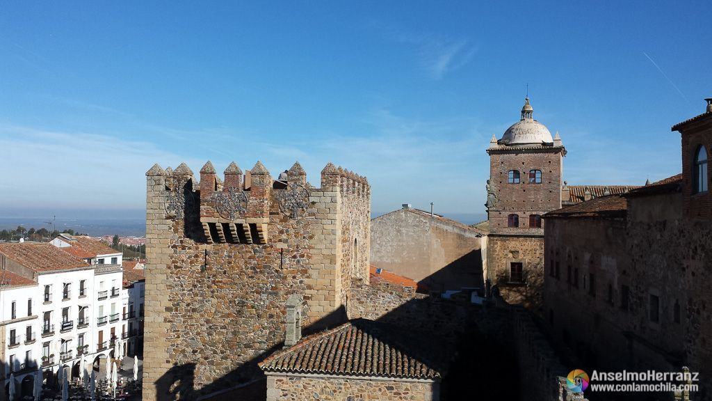 Torre del Bujaco desde la Torre de la Hierva - Cáceres