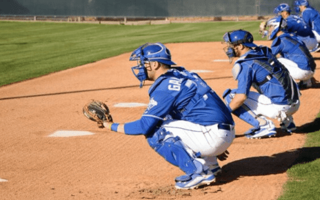 Varios catchers contrataron los Royals