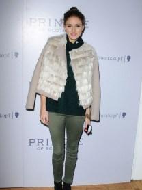 olivia_palermo_fur_coat_boots