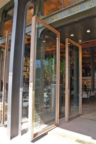 Bar Kitchen van Rijn in Amsterdam