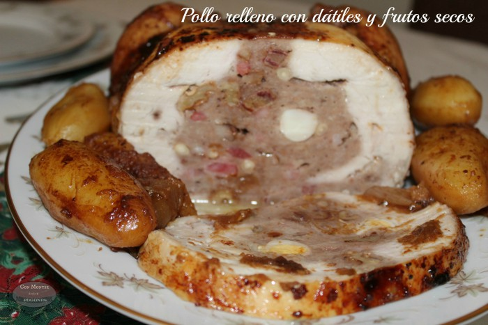 Pollo relleno con datiles y frutos secos