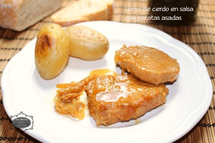 Lomo de cerdo en salsa con patatas asadas