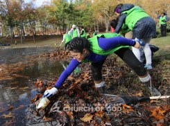 world-mission-society-church-of-god-connecticut-mother's-street-cleanup_8747