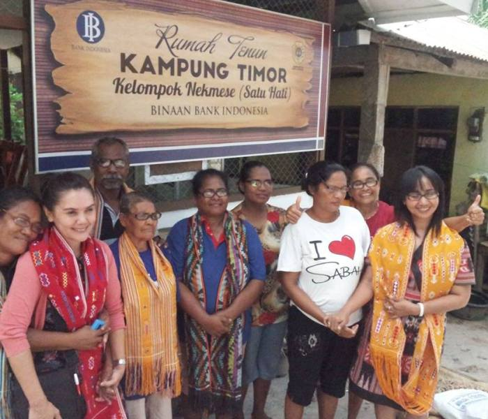 Our glasses distribution in Kampung Savu,  our December update from the team in Kupang