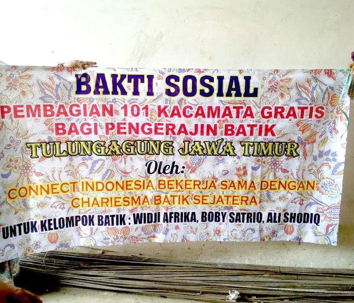 101 pair of glasses distributed to Batik artisans in Tulung Agung, East Java