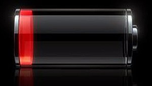 iPhone battery charge indicator in the red