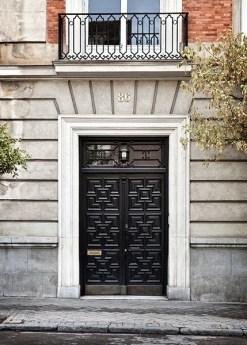 Puerta del edificio de Casa Decor 2019.