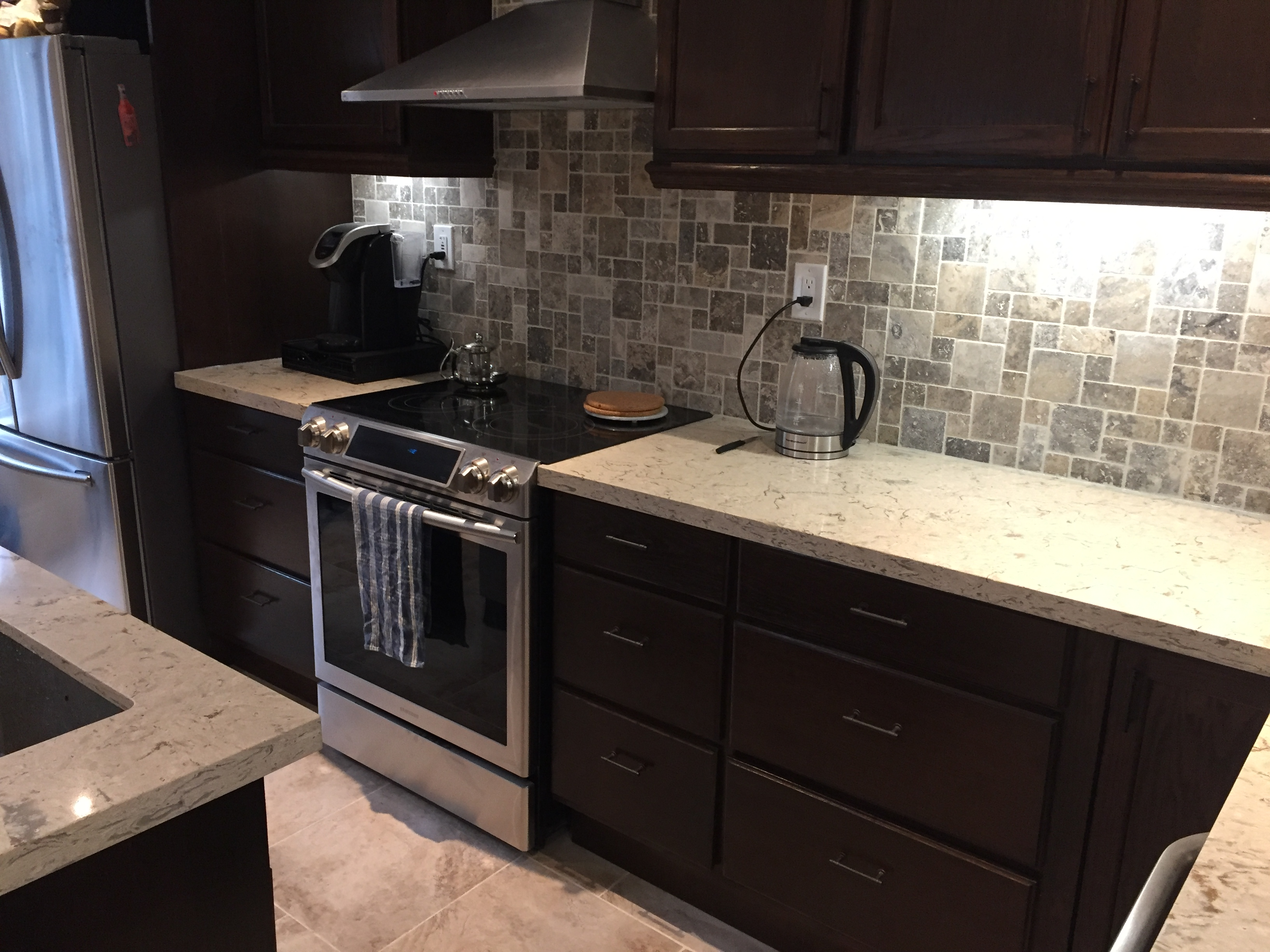 Kitchen tile contractor