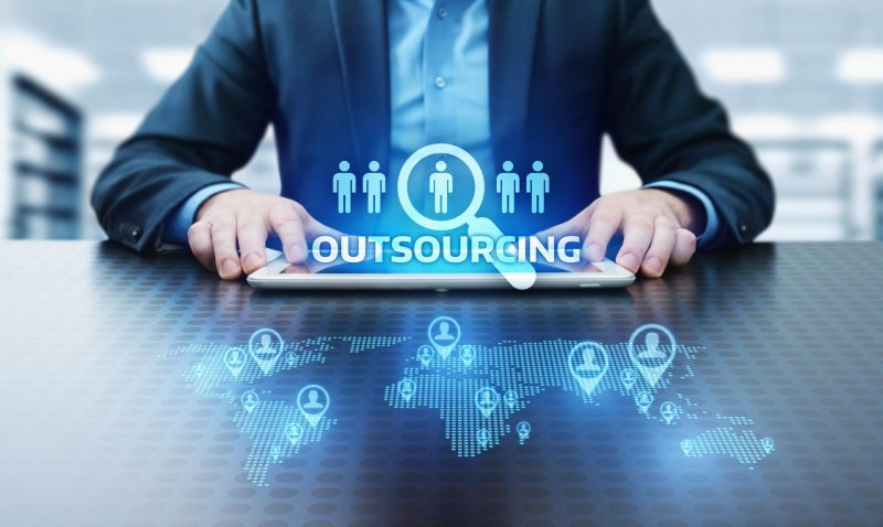 6 advantages of Outsourcing HR