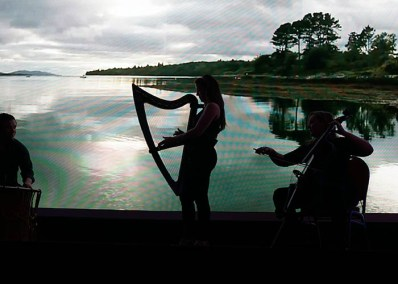 Untitled-2_0021_Musicians