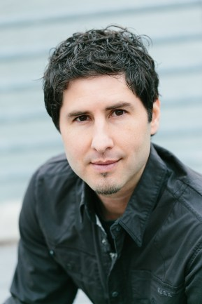author-Matt de la Pena
