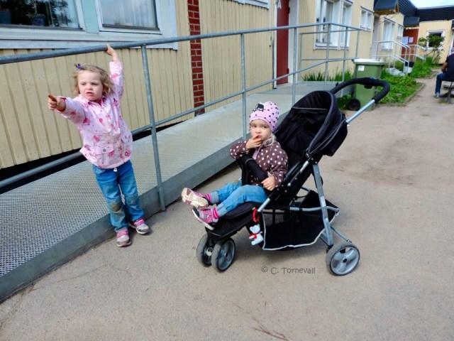 Malte Skolan Emma och Mollie 01