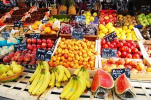 Farmer's Market by Alaniz25 via DeviantArt.com
