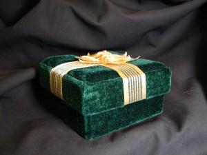 Green Velvet Gift Box 1 by http://fantasystock.deviantart.com/