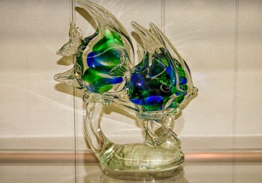 1 2 Fish Glass