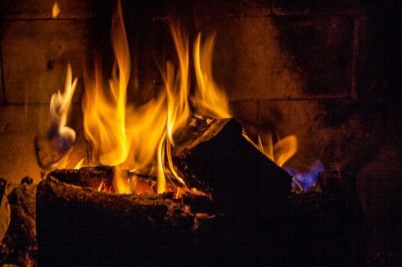 cottage5 jun 011 Fire