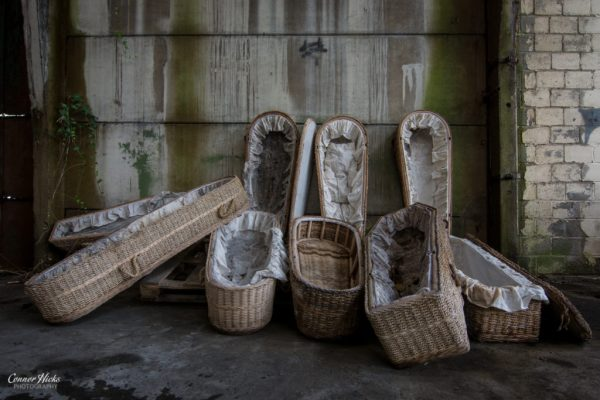wicker-coffin-factory-belgium-urbex