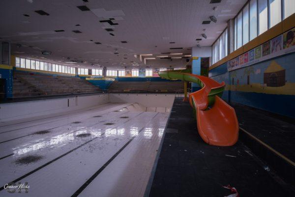 Aquarena-Worthing-Urbex-Slide