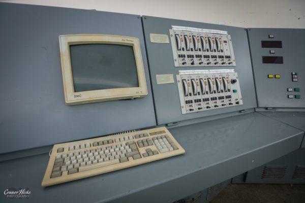 rae-bedford-computer-urbex
