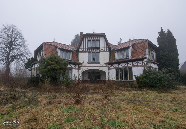 belgium-dentists-house-urbex