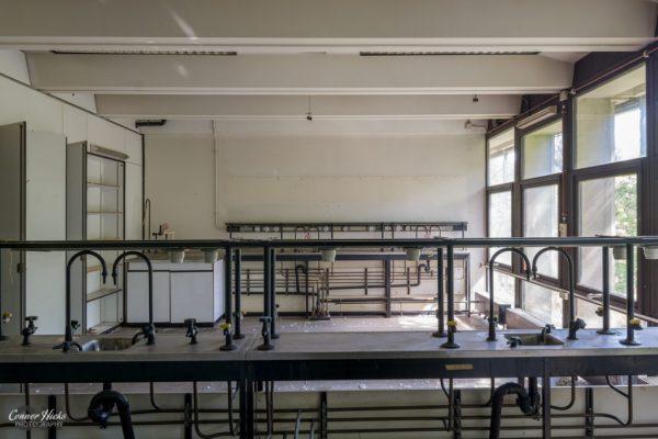 belgium science labs urbex