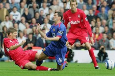 Photo of Gerrard making a tacklle