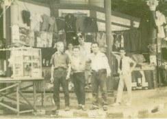 En el mercado 1958, foto de José Halteh