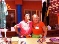 Las voluntarias más encantadoras de todo el Mercadillo...